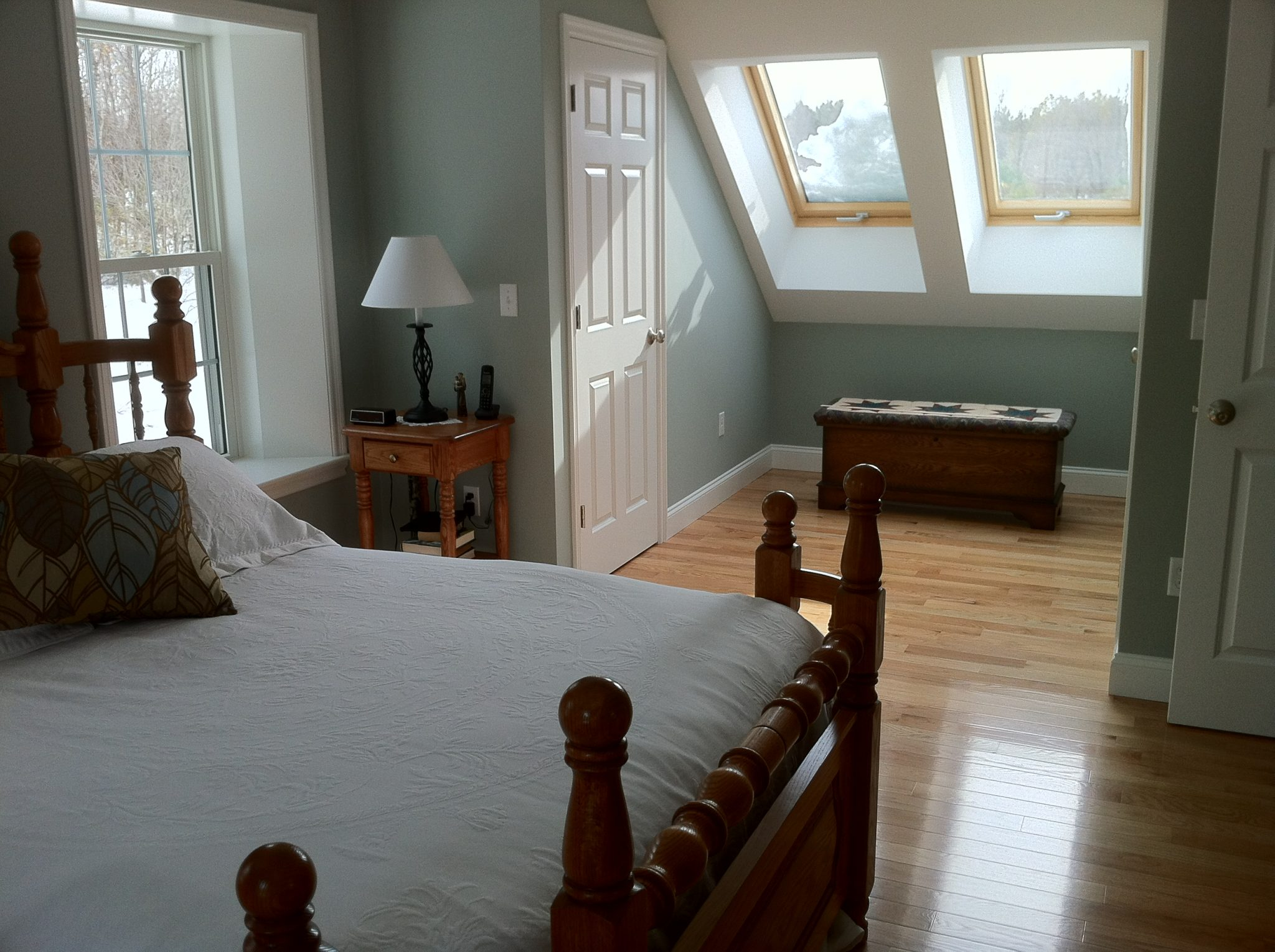 bedroom and skylights